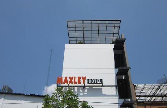 Hotel Maxley Pluit Jakarta